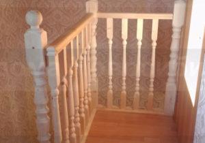 Фото интерьерной лестницы в готовом доме из СИП панелей (Новосибирск, Томск, Барнаул, Алтай, Новокузнецк)