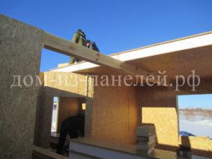 Фото строительства недорогого, быстровозводимого, каркасного дома из СИП панелей по готовому проекту в зимний период (Новосибирск, Томск, Барнаул, Алтай, Новокузнецк)
