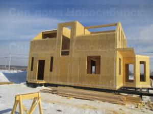 Фото строительства недорогого, быстровозводимого, каркасного дома из СИП панелей по готовому проекту №12, 189 м2 (Новосибирск, Томск, Барнаул, Алтай, Новокузнецк)