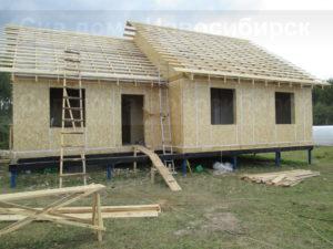 Фото строительства быстровозводимого, каркасного, недорогого дома из СИП панелей по готовому проекту №27, 107 м2 (Новосибирск, Томск, Барнаул, Алтай, Новокузнецк))