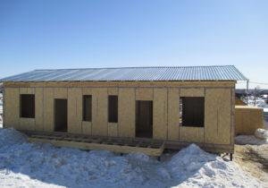 Фото строящегося дома из СИП панелей по готовому проекту № 47, 253 м2, дом на две семьи (Новосибирск)